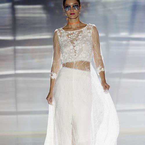Hearbeat bridal dress