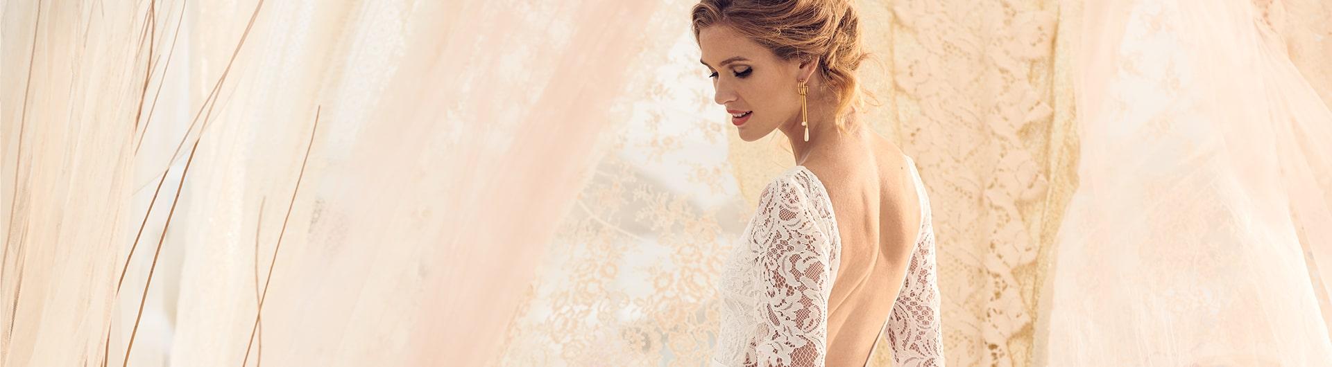Rose bridal dress